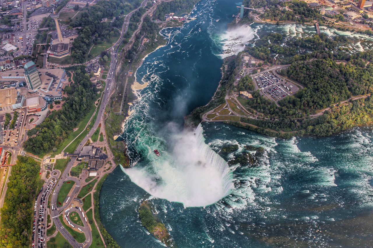 niagarafalls_helicopter